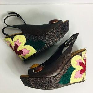 SAM EDELMAN   Strappy Wedge Sandals w/Appliqué